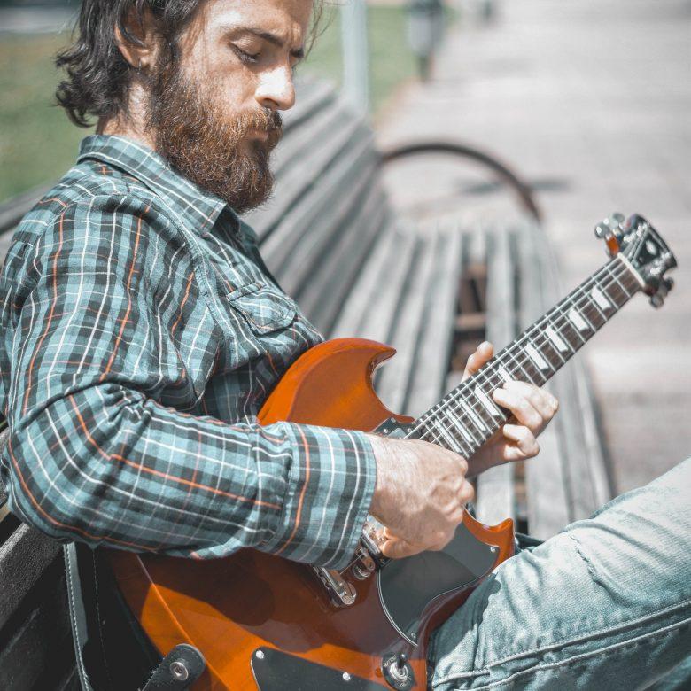 myke-street-music-guitarra-mikel-zurdo-mantas (6)